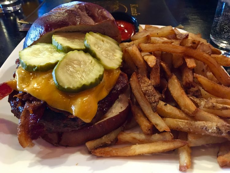 Kuma's Corner led zepplin burger