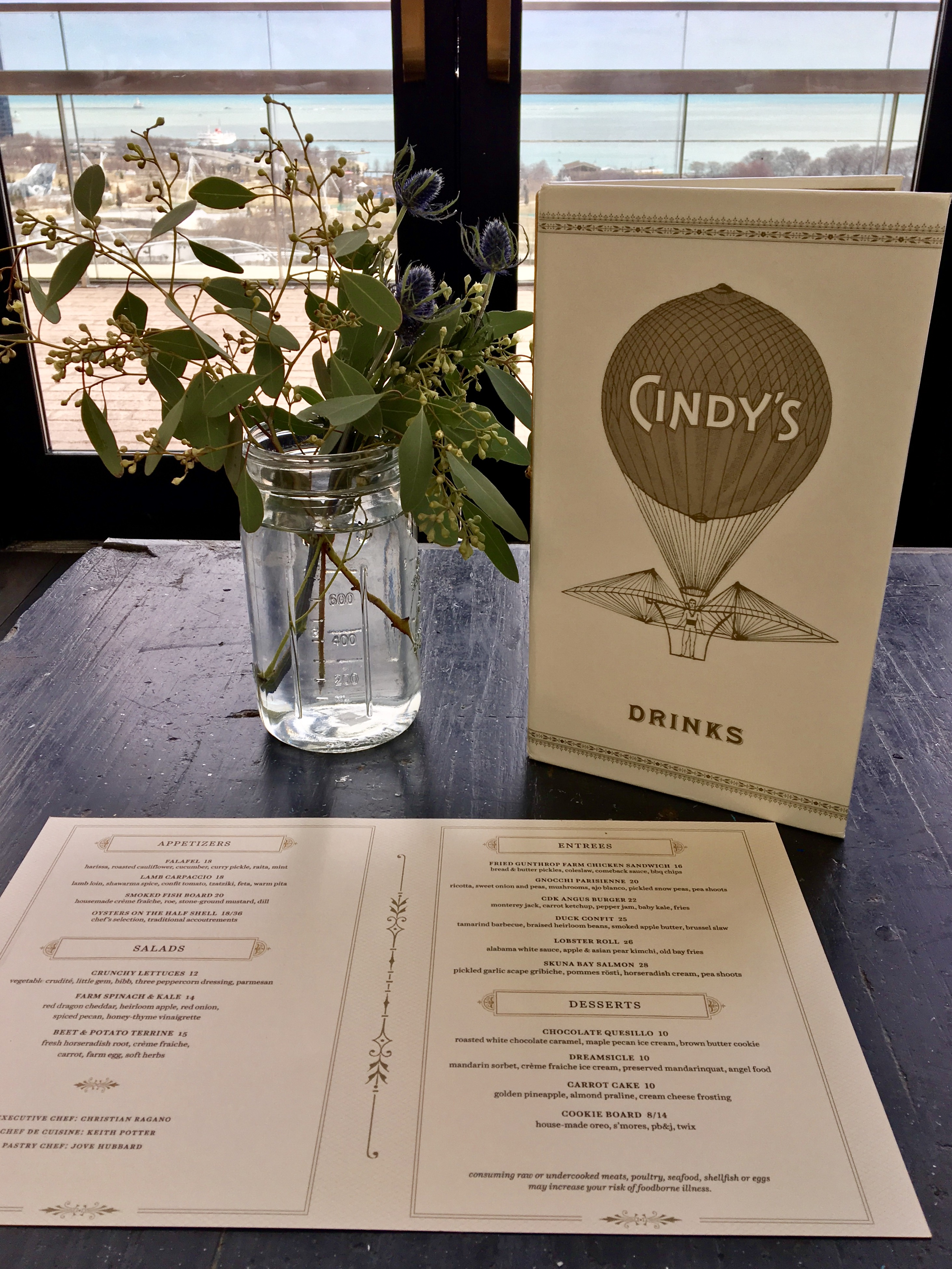 Cindy\'s Rooftop | Chicago Athletic Association - Chicago Visitors Guide